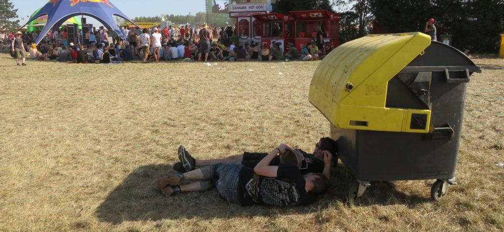 Festival Gadgets Festivalgelände Schatten