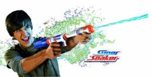 Festival Gadgets Super Soaker Bottle Blitz Wasserpistole Spritzpistole Anwendung Funktionsweise