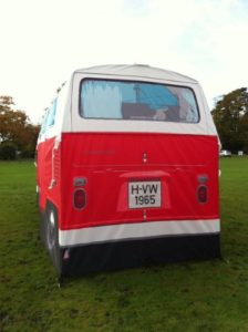 Festival Gadgets VW Bulli Zelt hinten