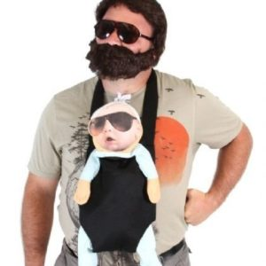 Hangover Alan Kostüm bestehend aus T-Shirt, Bart, Sonnenbrille, Tragetasche und Baby