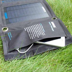 Solar Ladegerät faltbar Staufach