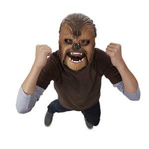 Star Wars elektronische Chewbacca Maske aufgesetzt