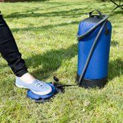 Campingdusche mit Fußpumpe zum Druckaufbau
